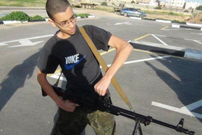 Küldjék haza, aki terrorista-gyanús!