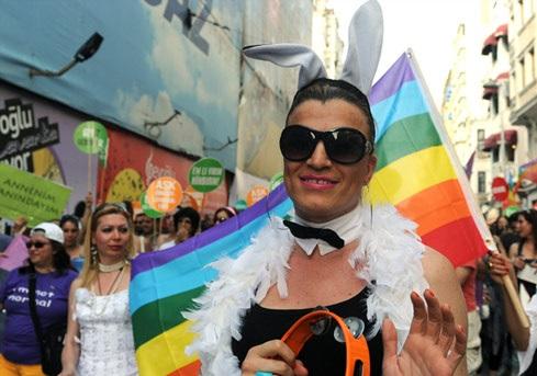 kavet1larg.turks.gays.gi.afp